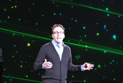 「データが持っている価値、可能性を考えると夢のようだ」と語るブラッド・レンチャー氏
