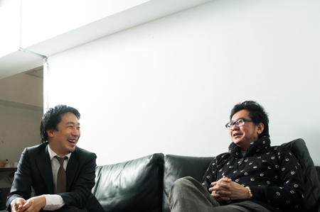 写真左:電通 石谷聡史氏。写真右:株式会社もり 原野守弘氏