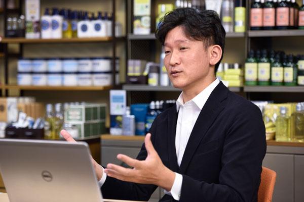 ロクシタンジャポン株式会社 デジタルマーケティング本部 本部長 吉屋智章氏