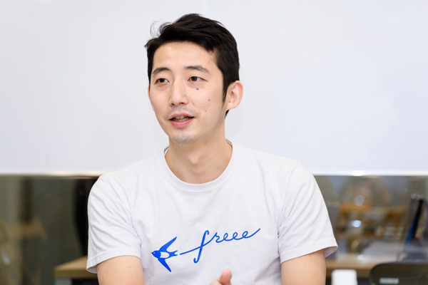 freee株式会社 CMO 川西康之氏