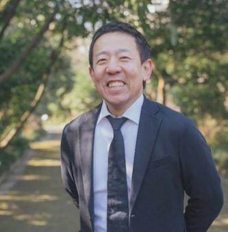 吉田啓介氏