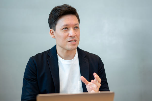 LINE マーケティングソリューションカンパニー B2B新規事業開発チーム 武藤ウォーレン道夫氏