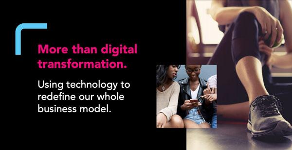 「単なるDXではなく、テクノロジーを駆使してビジネスモデル全体を見直すこと」を表明するスライド