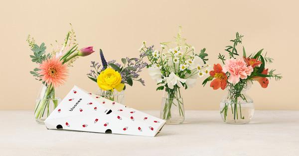 お花の定期便「bloomee」。550円~と手ごろな価格で家やオフィスのポストに花束が届く。利用者は10万世帯を突破した。