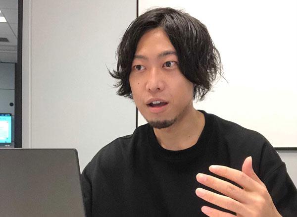 メルカリ マーケティングマネージャー 星賢志氏 早稲田大学商学部卒。数社でオフライン・オンラインのマーケティングをリードし、2018年秋よりメルカリに参画。 思いやりを軸にしたマーケティングを重視し、循環型社会・サステナブルな社会への貢献を目指す。